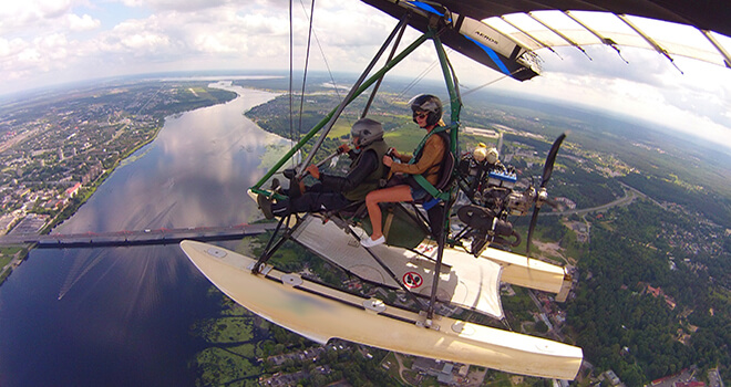 flight with hang gliding in riga