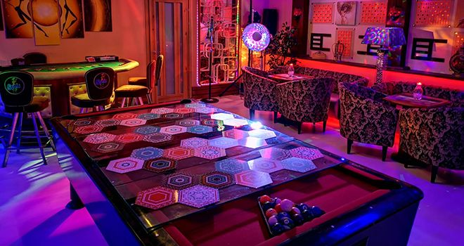 poker table rent in riga