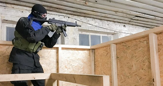 gusy playing airsoft in riga