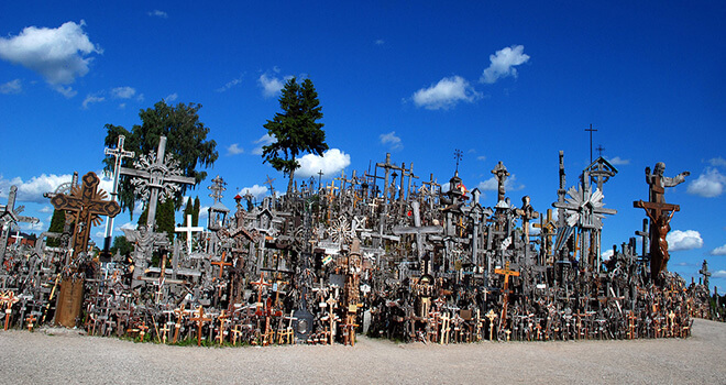 lithuania hill of crosses from riga tour