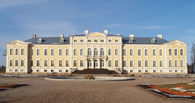 rundale palace tour latvia