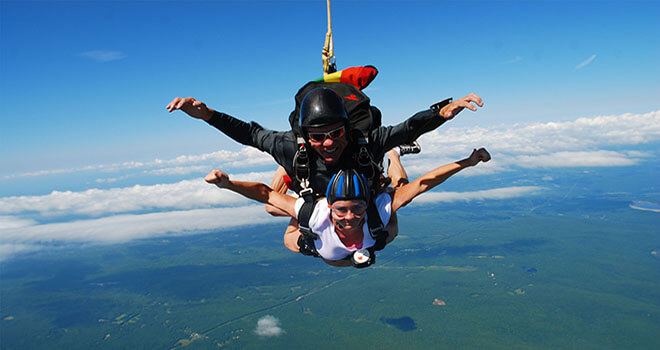 sky diving in riga
